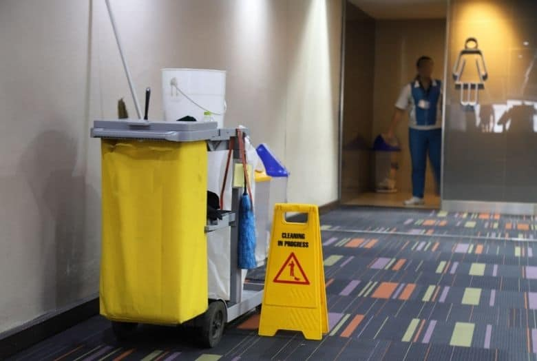 Office Cleaning – Commercial Office Cleaning